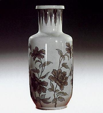 Clindrical Jar With Flowers Lladro Figurine