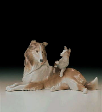 Collie With Puppy Lladro Figurine