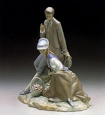 Couple Pastoral Lladro Figurine