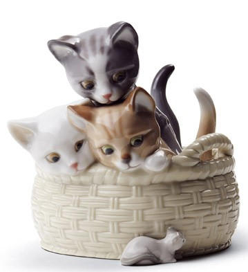 Curious Kittens Lladro Figurine