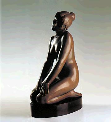 Daintiness (l.e.) (b) Lladro Figurine