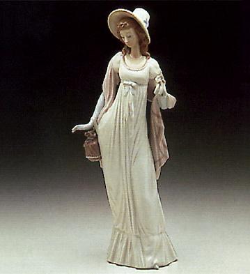 Dainty Lady Lladro Figurine
