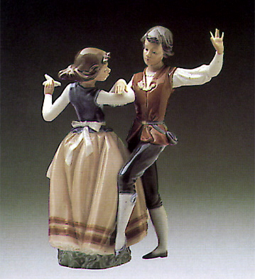 Dancing The Polka Lladro Figurine