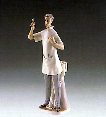 Dentist (reduced) Lladro Figurine