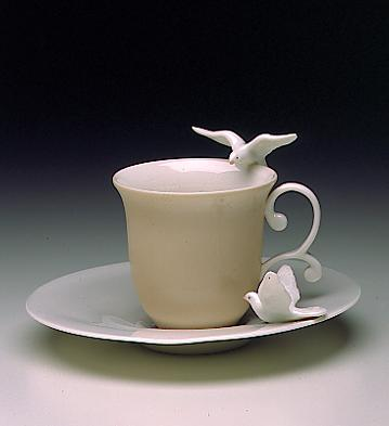 Dove Cup With Saucer Lladro Figurine