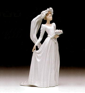 Down The Aisle Lladro Figurine