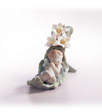 Dreaming On Dew Drops Lladro Figurine