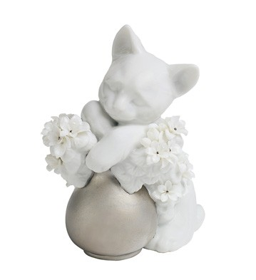 Dreamy Kitten (re-deco) Lladro Figurine