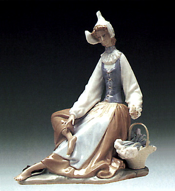 Dutch Girl Lladro Figurine
