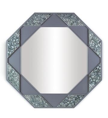 Eight Sided Mirror (blue) Lladro Figurine