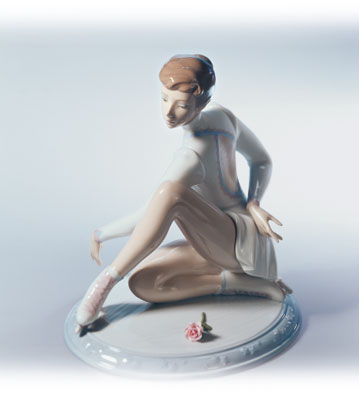Elegance On Ice Lladro Figurine