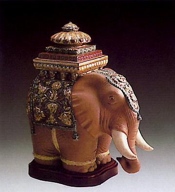 Elephant -b- Lladro Figurine