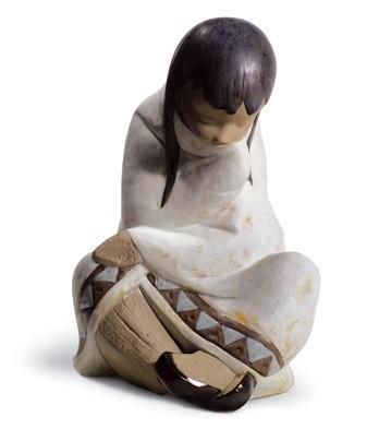 Eskimo Nap (girl) Lladro Figurine
