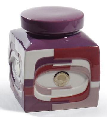 Estratos - Box (burgundy) Lladro Figurine