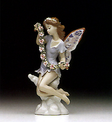 Fairy Garland Lladro Figurine