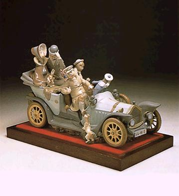 Familiar Rallye (l.e.) (b Lladro Figurine