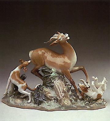 Fierce Pursuit Lladro Figurine