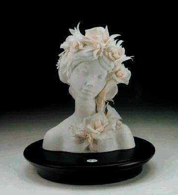 Floral Figure (l.e.) (b) Lladro Figurine