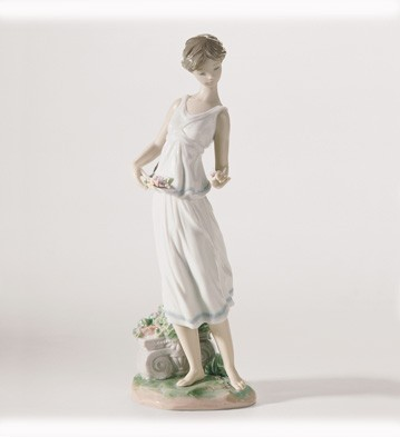 Flowers For A Goddess Lladro Figurine