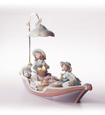 Flowers Forever Lladro Figurine