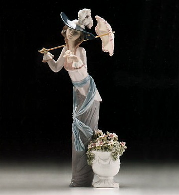 Flowers Of Paris Lladro Figurine