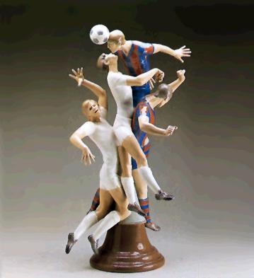 Football Players (l.e.) ( Lladro Figurine