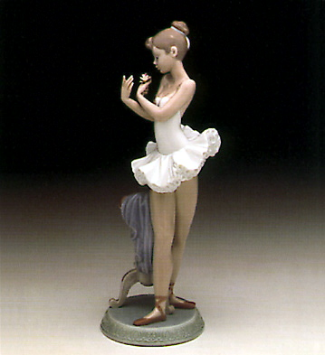 For A Perfect Performance Lladro Figurine