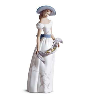 Fragrances And Colors Lladro Figurine