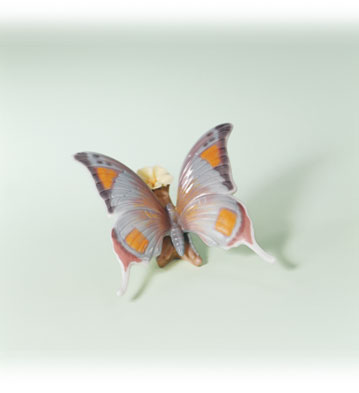 From Nature's Palette Lladro Figurine