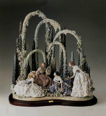 Garden Party (l.e.) (b) Lladro Figurine