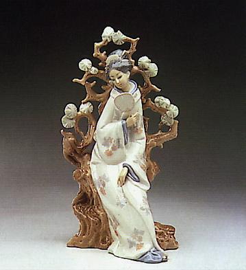 Geisha Lladro Figurine