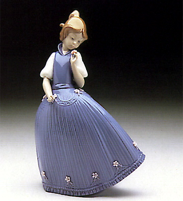 Girl Blue Dress W-flower Lladro Figurine