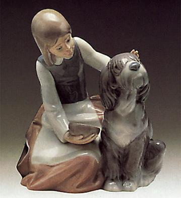 Girl Feeding Dog Lladro Figurine