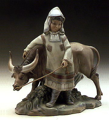 Girl From Manchuria Lladro Figurine