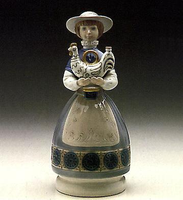 Girl Offering Ceramics Lladro Figurine
