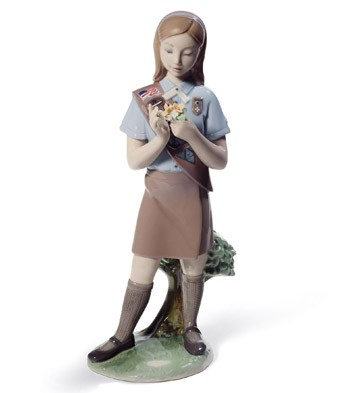 Girl Scout Brownie Lladro Figurine