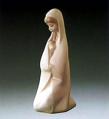 Girl W/ Child Lladro Figurine