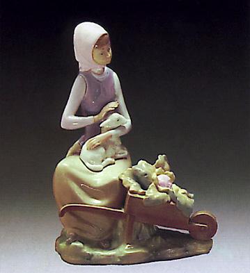 Girl W/ Wheelbarrow Lladro Figurine