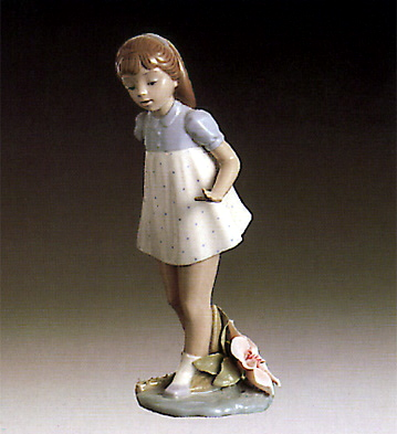 Girl Walking Lladro Figurine