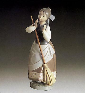 Girl With Broom Lladro Figurine