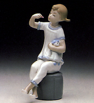 Girl With Doll Lladro Figurine