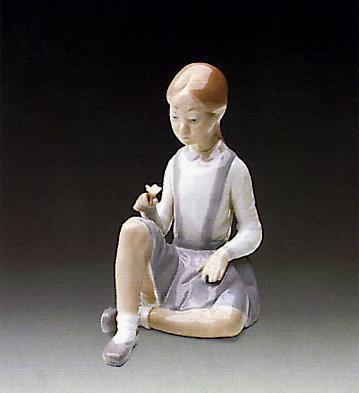 Girl With Flower Lladro Figurine