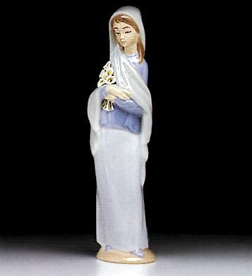 Girl With Flowers Lladro Figurine