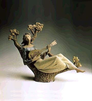 Girl With Guitar (l.e.) Lladro Figurine