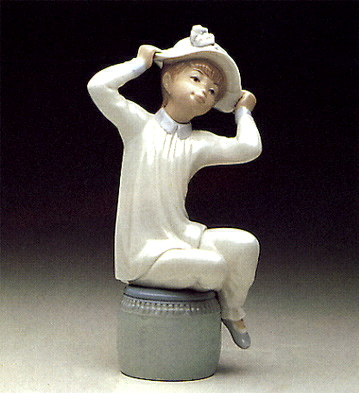 Girl With Hat Lladro Figurine