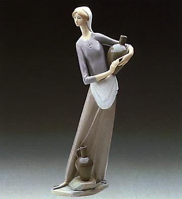 Girl With Jug Lladro Figurine