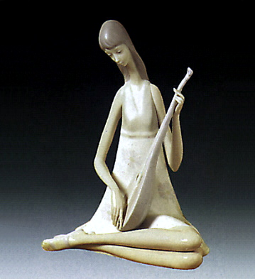 Girl With Mandolin Lladro Figurine