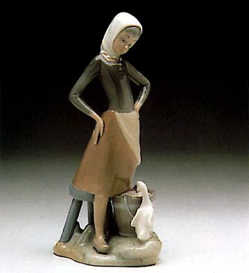 Girl With Milk Pail Lladro Figurine