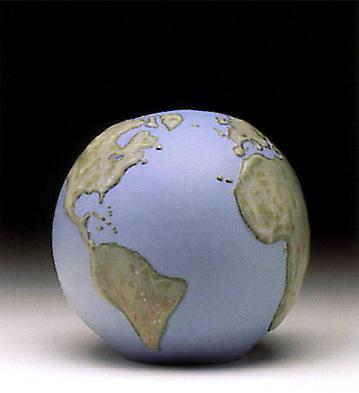 Globe Paperweight Lladro Figurine