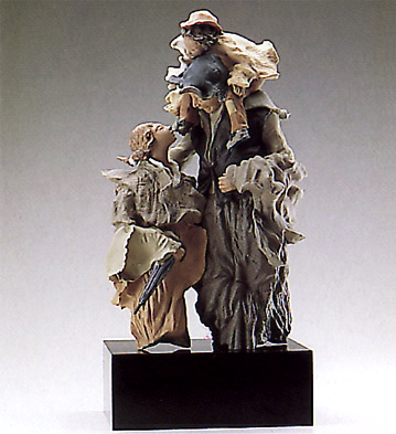 Group Discussion (b) Lladro Figurine